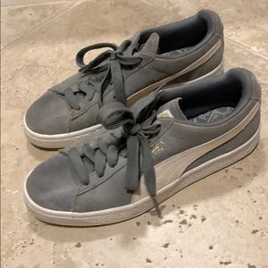 Puma low sneakers grey